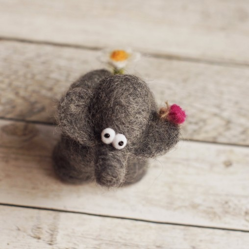 I-like-you-completely-elefant with little butterfly