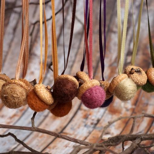 autumn acorn set with satin ribbons
