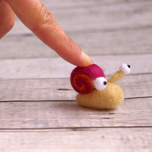 Miniature snail - needlefelted