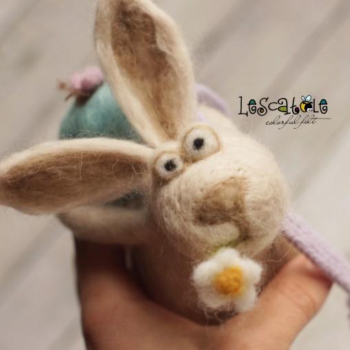 Needlefelted Easter-Bunny
