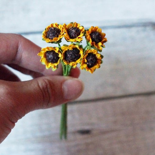 6 miniature sunflowers
