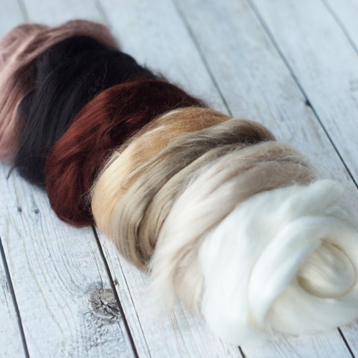 Viscose set in brown and...