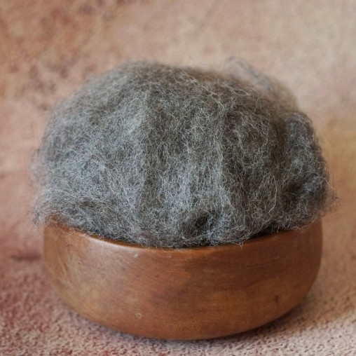 Mountain sheep wool - dark...