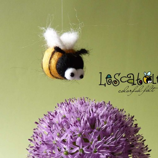 Miniature bee - needlefelted